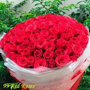 vietnamese-women-day-roses-02