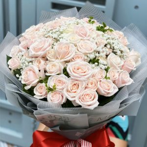 vietnamese-womens-day-roses-12