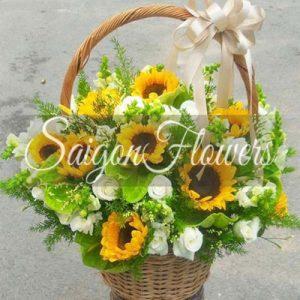 Vietnamese Teacher's Day Flowers 29