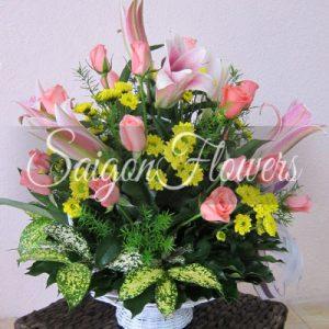 Vietnamese Teacher's Day Flowers 46