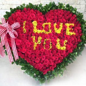 Special Saigonflowers 200 Roses