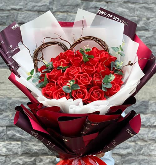 Special Waxed Roses Valentine 01