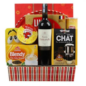 tet-gifts-basket-vietnam-01